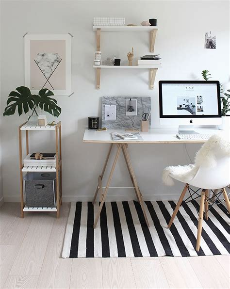 Decorating Ideas For Home Office by Best 25 Home Office Decor Ideas On Home