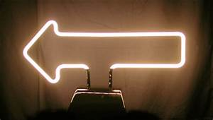Skyline Plastic Works Manufacture Neon Free Standing