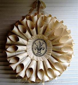 Inspire Bohemia Holiday Wreaths Paper