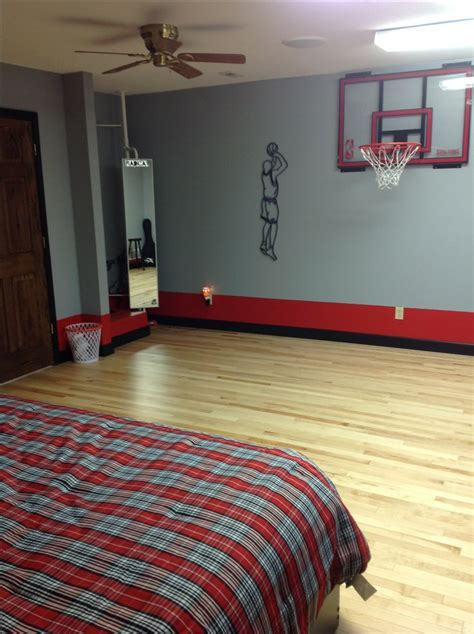 chambre de basket 25 best ideas about basketball themed rooms on