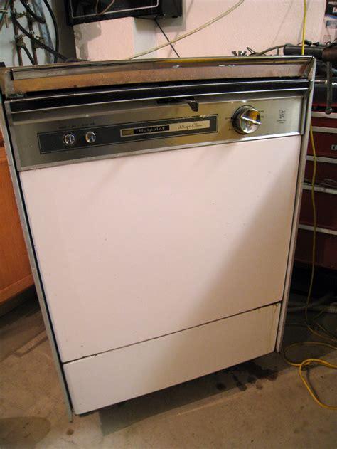 whirlpool 18 dishwasher hotpoint dishwashers