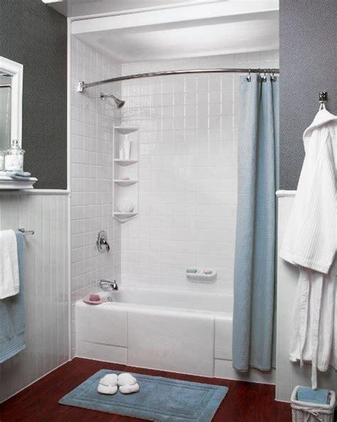 love  simple grey  white color scheme bath