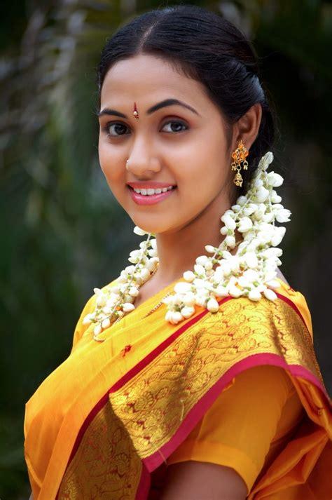tamil actresses actors pics gallery tamil in saree tamil actresses