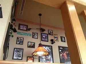 Main hall - Picture of Applebee's, Kuwait City - TripAdvisor