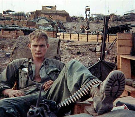vietnamwareraduane baumgardner  machine gunner