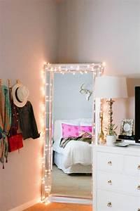Grand Miroir Chambre : 60 id es en photos avec clairage romantique ~ Teatrodelosmanantiales.com Idées de Décoration