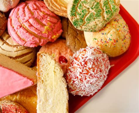 5 panaderias in the Dallas area with delicious pan dulce