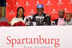 Zion Williamson Makes Highly Anticipated College
