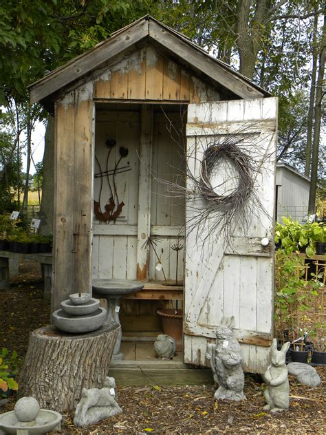 Outhouse Bathroom Ideas by Outhouse But It S I Could Totally Do This With My