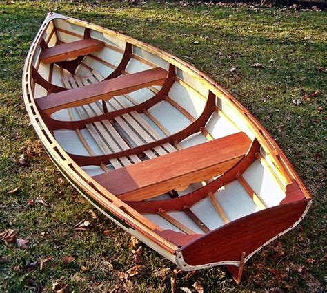trimaran power boat whitehall rowboat plans wooden crabbing skiff plans build   boat plans