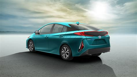 Five Ways Toyota Updated Its 2017 Prius 'prime' Plug-in Hybrid