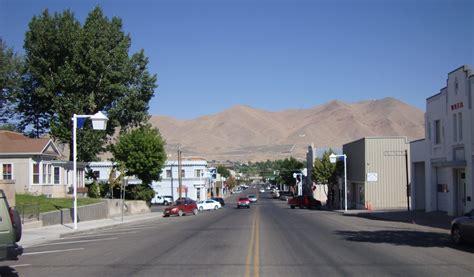 Downtown Winnemucca, Nevada   Winnemucca is a nice little ...