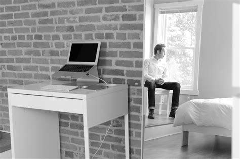 minimalist workspace  minimalists