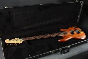 Fender Precision Bass Lyte Deluxe