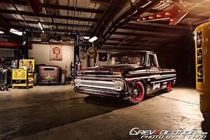 Garage Chevrolet : 2014 ppihc pace truck gas monkey garage s 1965 chevrolet c10 restomod the modified lifestyle ~ Gottalentnigeria.com Avis de Voitures