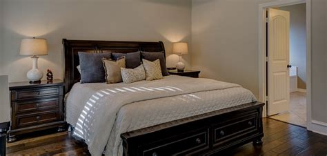Dos And Don'ts For A Bedroom With Good Feng Shui