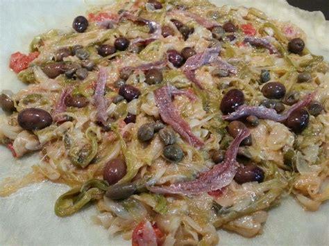 Arroser d'huile d'olive, saupoudrer de sucre de canne et d'une pincée de sel. CALZONE DI CIPOLLE   Kitchen's Angels Puglia   Ricette ...