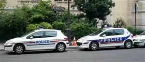 Nouvelle Voiture De Police : voitures de police nouvelle et ancienne s rigraphie gendarmerie nationale la d fense ~ Medecine-chirurgie-esthetiques.com Avis de Voitures