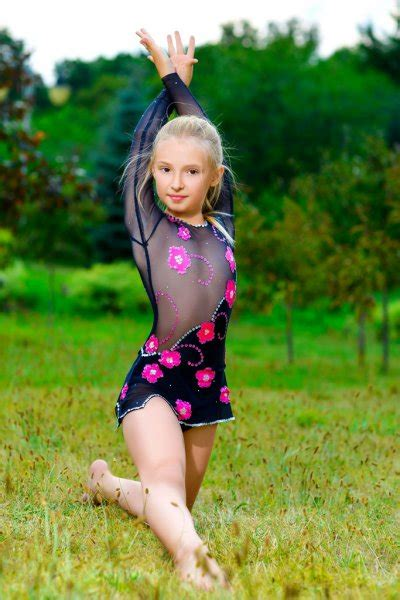 Gymnast Stock Pictures Royalty Free Little Girl Gymnast