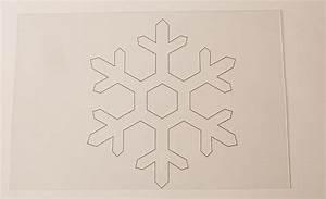 Schneeflocke Vorlage Ausschneiden : weihnachts tutorial schneeflocken aus dem backofen ~ Yasmunasinghe.com Haus und Dekorationen