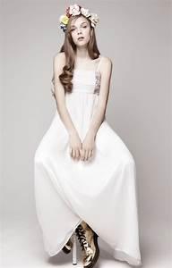 simple wedding dress for vintage or modern brides 7 With simple modern wedding dress