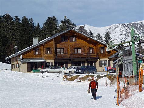 chalet pied des pistes pyrenees h 233 bergement chalet le mourtis chalet l isard station de ski des pyr 233 n 233 es