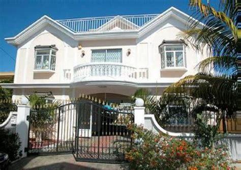 belle villa avec piscine   de lune des  belles