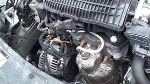 Liquide De Frein Voiture : v rifier les niveaux de sa voiture huile liquide de refroidissement liquide de frein peugeot ~ Medecine-chirurgie-esthetiques.com Avis de Voitures