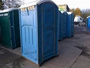 Secondhand toilet units single units 9x portable for Portable bathrooms for sale