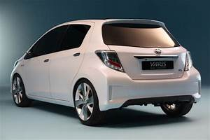 Toyota Yaris Hybride Avis : portfolio toyota yaris hybride hsd concept en avant premi re de gen ve ~ Gottalentnigeria.com Avis de Voitures