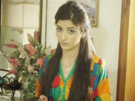 mawra hocane  makeup unseen pictures   fashion