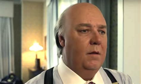 Russell Crowe Transforms Into Roger Ailes In 'Loudest ...