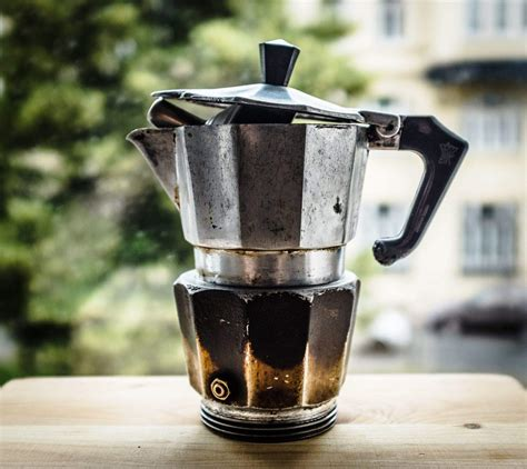 This 80 year old coffee pot still makes an amazing cup of espresso   Cult of Mac
