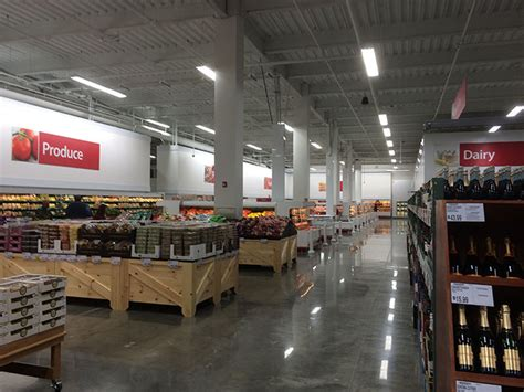 Here's what it looks like inside BJ's Wholesale Club in ...