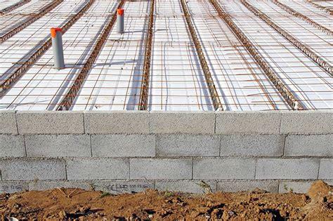 dalle beton leger sur plancher bois isolation d une dalle en b 233 ton