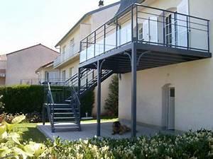 Terrasse Metallique Suspendue : terrasse garage pergola house deck garage pergola et pent house ~ Dallasstarsshop.com Idées de Décoration