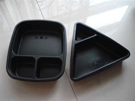 Free mockups and design tools. Microwavable food tray,plastic tray,clamshell tray