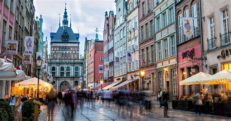 With a population of 470,907, gdańsk is the capital and largest city of the pomeranian voivodeship and the most prominent city in the vicinity of. 10 Best Things to do in Gdansk, Poland | Earth Trekkers