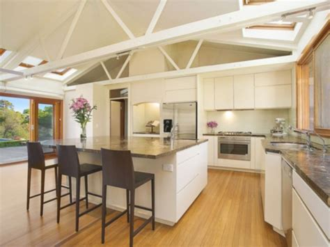 how much does average cost remodel kitchen