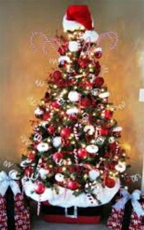 contoh gambar dekorasi pohon natal tercantik  unik