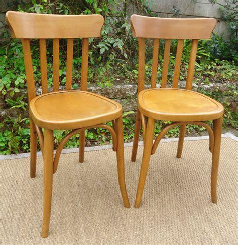 chaise bistrot baumann paire de chaises de bistrot baumann et mahieu