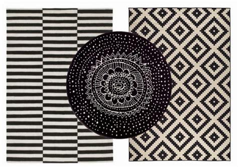tapis coton laine motif noir et blanc style scandinave