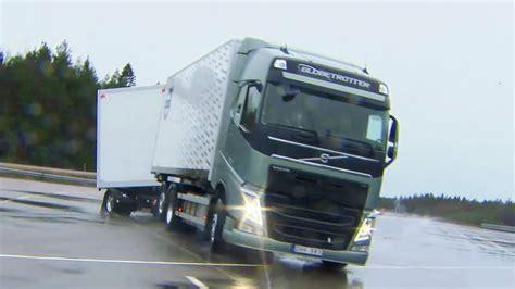 volvo trucks singapore volvo trucks boosts safety on slippery winter roads youtube