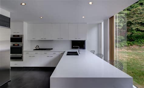 Contemporary Kitchen Design All White In The Kitchen
