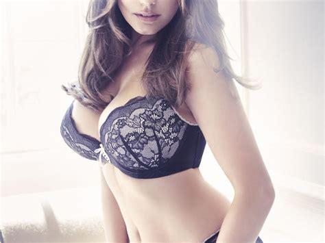 kelly brook  lingerie pics wallpaper hd celebrities
