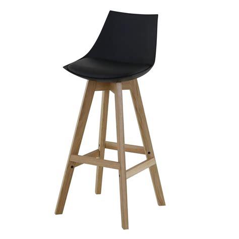 chaise de bar noir lot de 4 chaises de bar noir et piétement chêne kosyform