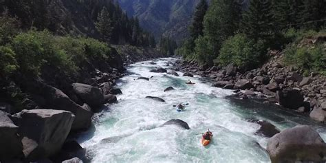 Summertime Kayaking on the Wenatchee River in Tumwater ...
