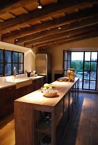 40 Cozy Chalet Kitchen Designs To Get Inspired