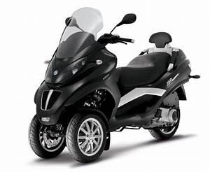 Piaggio Mp3 400 : scooter piaggio mp3 400 lt sans permis moto azur motos ~ Medecine-chirurgie-esthetiques.com Avis de Voitures