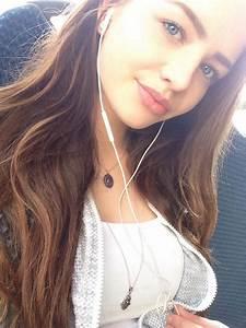 Hi 🌸 me selfie smile brownhair blueeyes girl germangir...